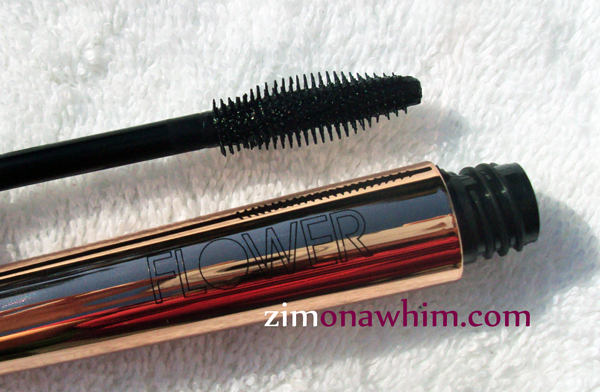 Flower Zoom-In Mascara : Zim on a Whim